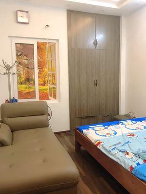 Bán nhà Phố Trạm, P. Long Biên, 4 phòng ngủ