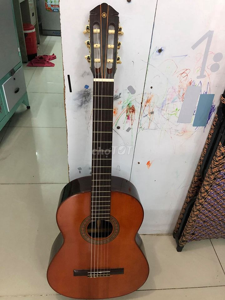 đàn guitar classic Yamaha made in japan G200 P0-F5