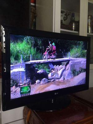 mua được cái tivi to cần thanh lý tivi.lg 32