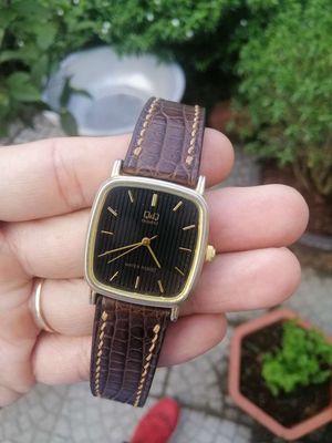 Đồng hồ tặng kèm dây cá sấu xịn handmade