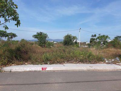 Đất gần nhà hàng Cánh Buồm, đối diện KDC Ô Cấp