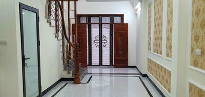 Nhà đẹp 37m2*5 tầng gác lửng ngõ 118 Triều Khúc