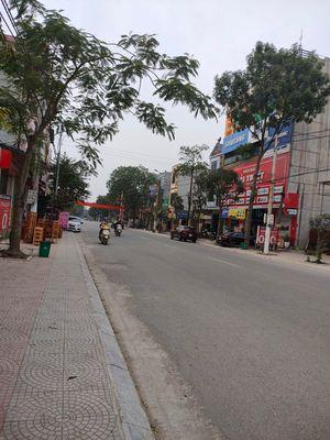 Bán 165m2 nhà mặt phố TT Hồ, Thuận Thành, Bắc Ninh