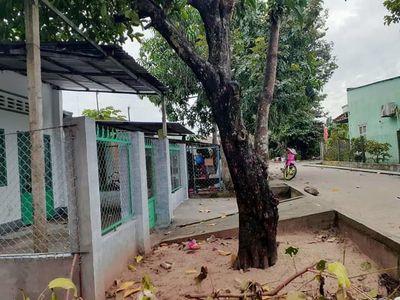 Nhà 2 mặt tiền trước sau trường long lộ oto giá rẻ