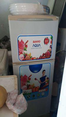 Tủ lạnh sanyo 150l  ko đông tuyết giá sv