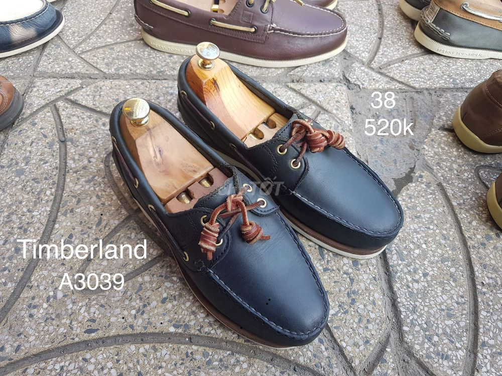 Giày hiệu Timberland. Size 38