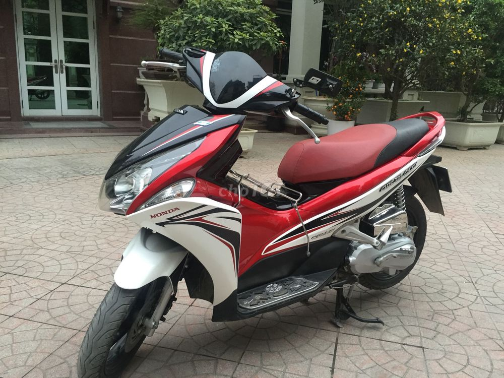HONDA AIR BLADE 110 FI CHINH CHỦ NỮ SỬ DỤNG