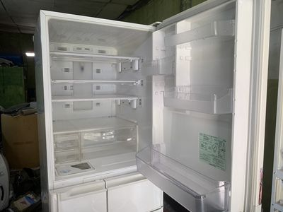 Tủ 5 cánh mitsubishi màu trắng 401 lít 2007 100V