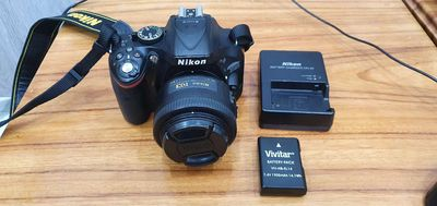 Máy ảnh Nikon D5200 + Len 35mm 1.8G !