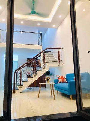 Cần bán nhà 1,5 tầng 42m2 ,hướng Đông khu Nhị Châu
