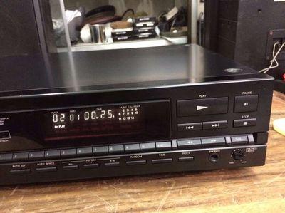 Đầu CD DENON DCD - 830