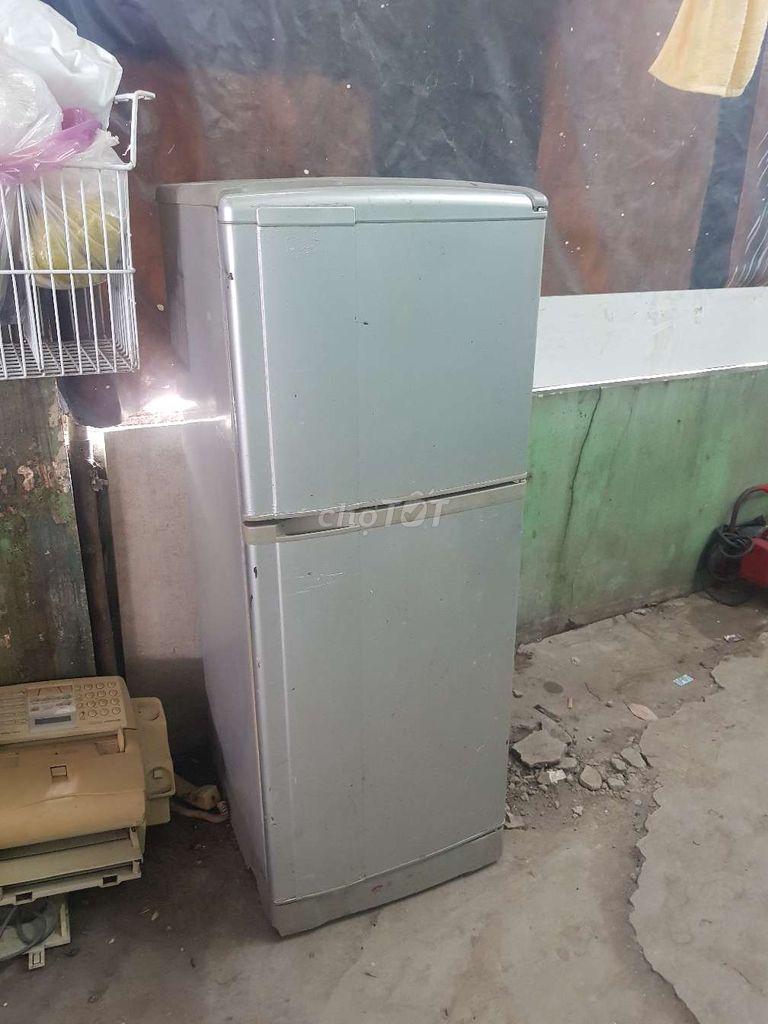 0909854770 - Chiếc Tủ lạnh quạt gió Sanyo như hình