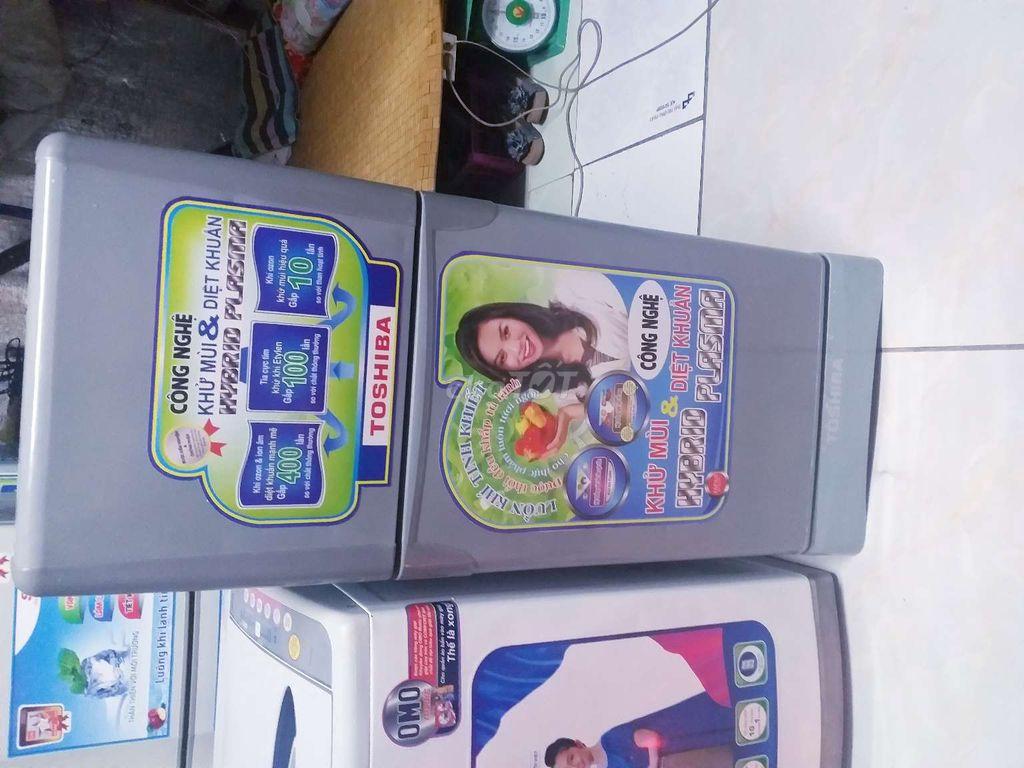 0385141391 - Cần bán tủ lạnh Toshiba 135 lít không đóng tuyết