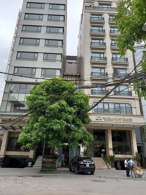 Bán đất Nguyễn Khánh Toàn xây Hotel đỉnh DT 125m