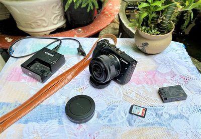 Canon  #M3 kèm kit 15-45mm