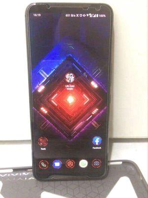 Asus rog phone 2 8/128 chip 855+