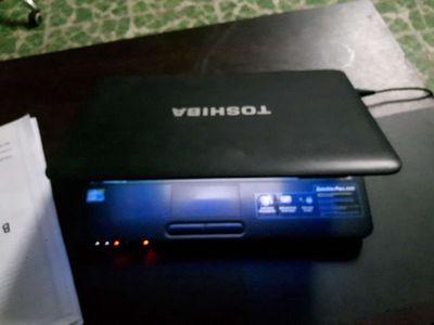 Laptop Tosiba SP L640 3tr8 i3 4G DDR3 320G