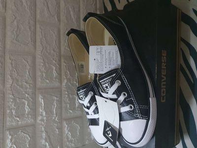 giày Converse Chuck Taylor All size 38,5