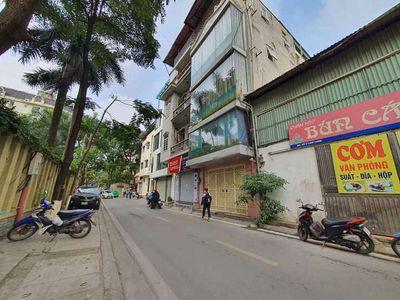 Bán Nhà Mặt Phố Linh Lang 107m mặt tiền 10m