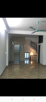 Nhà 6,5 tầng ô tô vào nhà, kinh doanh Dương Nội