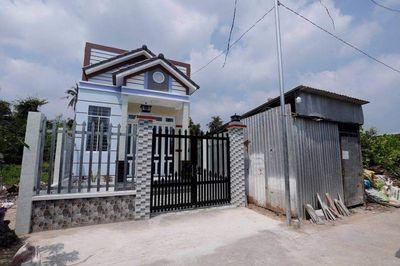 Nhà mới 100% Sơn Đông tp. Bến Tre full thổ cư
