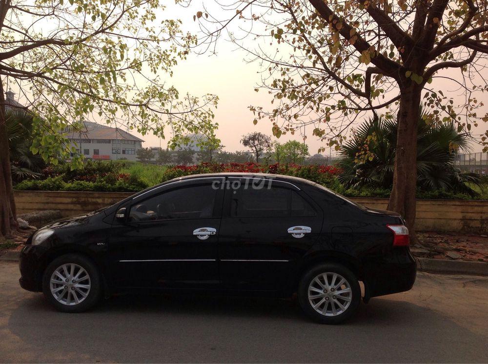 Toyota Vios 1.5E màu đen sx cuối 2012 chính chủ nữ