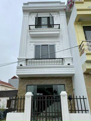 Bán nhà 4 tầng 32m2 gần trung tâm huyện Thường Tín