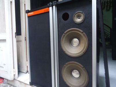Loa ROLAND PX 60, hàng bãi 2 bass 25cm Treble 10cm