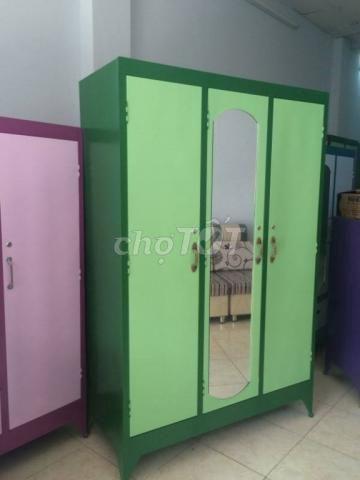 Tủ sắt đựng quần áo. NEW, BH 12T. PS HCM