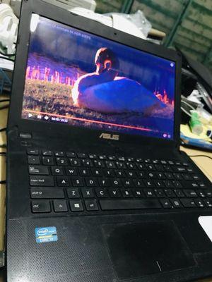 Bán máy asus chạy rất mạnh , core i3, SSD 128gb