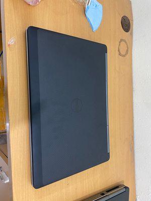 Dell 7510 i7-6820hq ram 8g ssd 256g 15.6 fhd m1000