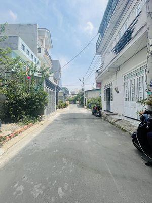 Nhà HXH 5m, xây kiên cố, đường 16 P. Linh Trung,TĐ