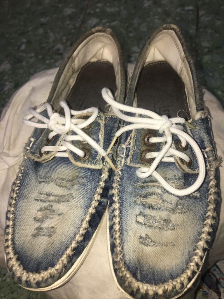 0935553504 - Giày vải jean nam hàng xách tay size 42 bụi chất