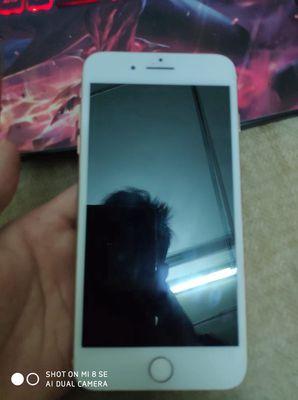 Cần bán iphone 8plus vàng hồng 64gb
