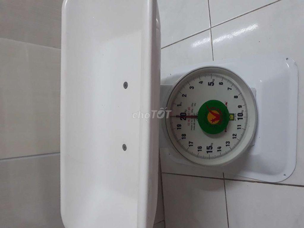 0986536340 - Cân bé 20kg