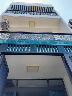 Nhà mới đẹp nội thất cao cấp 4.3x13, một sẹc 3 lầu