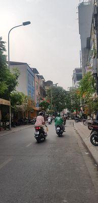 Nhà mặt phố mới chuyên ẩm thực Nguyễn Văn Tuyết.