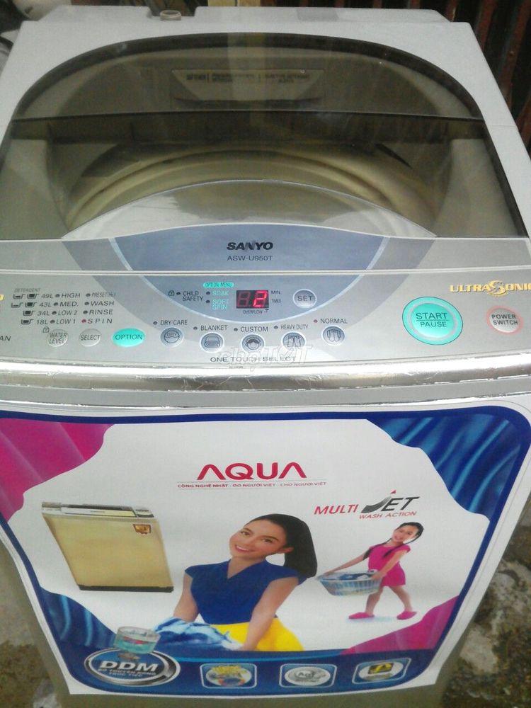 Máy giặt sanyo 7,5kg nguyên bản,đang dùng tốt
