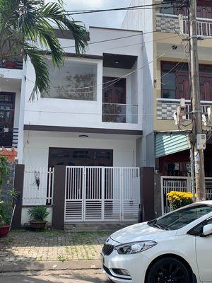 Bán nhanh nhà 2 tầng mặt tiền đường Tế Hanh