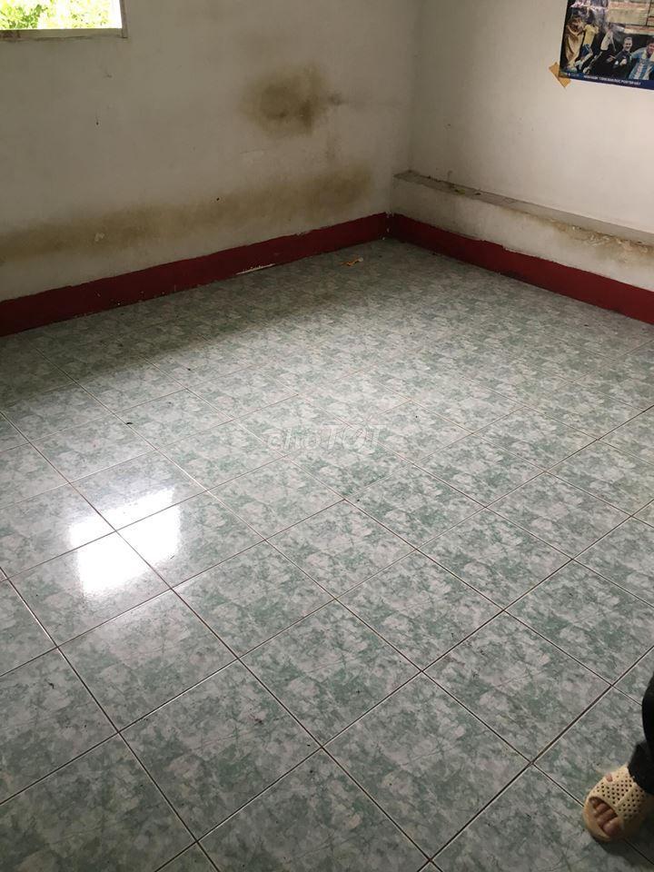 Phòng nhỏ 5m2 Lạc Long Quân Q11
