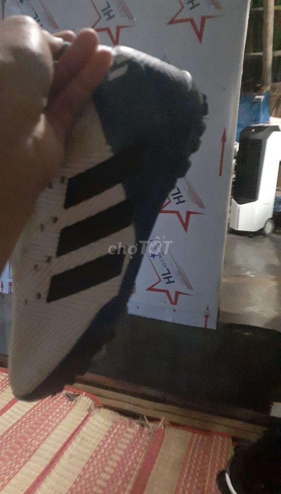 Giày bóng đá nemeziz 18.3 màu trắng xanh