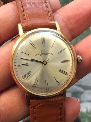 Đồng hồ cót tay CCCP Liên xô cũ,sz 34,bọc vàng đep