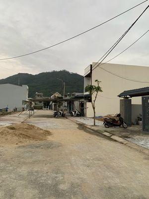 Đất TĐC Hoà Sơn 6, sổ hồng dt 100m2.