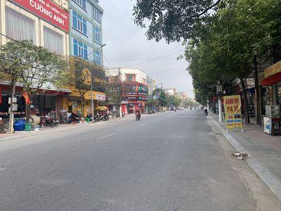 Bán gấp nhà mặt phố Âu Cơ, TT Hồ,Thuận Thành