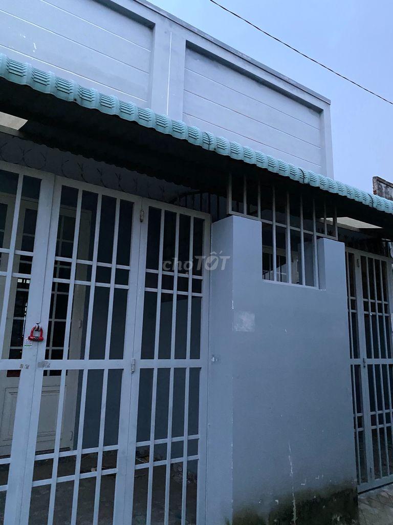0908063033 - Nhà 8x13,5m đường thạnh Lộc 19