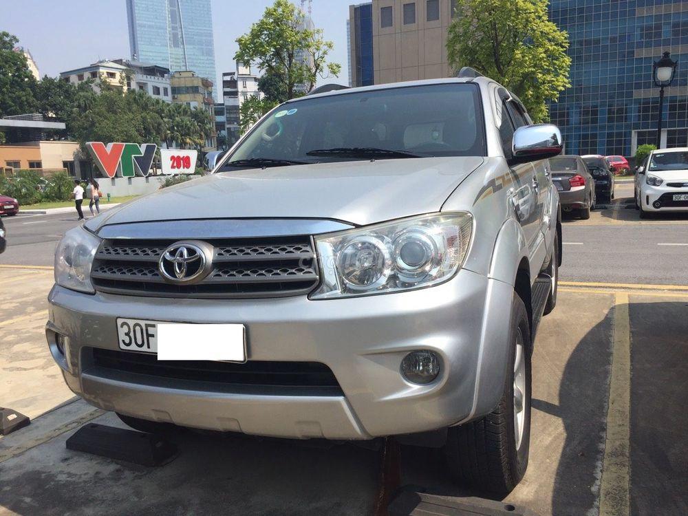 Bán Toyota Fortuner 2009 2.7V 2 cầu Tự động