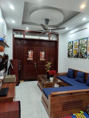 Bán Nhà Mặt Phố Nguyễn Chí Thanh 112m2 , 8T, 40 t