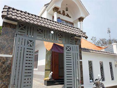 Nhà Biệt Thự 7.5x15 đường Thị Trấn Tân Hiệp H. Môn