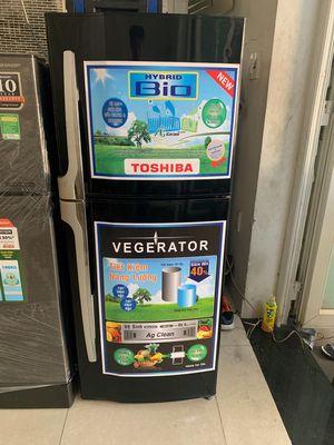 Tủ lạnh Tóhiba 180 lít ,giao tận nhà , bh 6 tháng