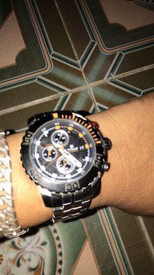 Đồng hồ nam hiệu titan chính hãng